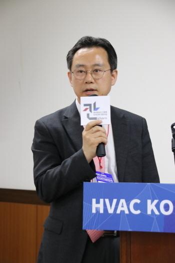 이성만 한국코로나 본부장